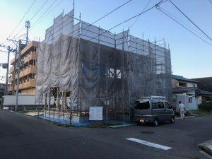新潟市西区坂井にて、猛暑の中、無事に上棟致しました。
